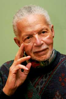 Renowned Guyana-born literary icon, Professor Jan Carew has died.